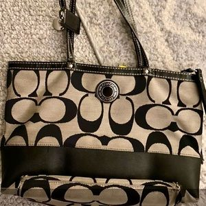 Coach bag new no marks great tote